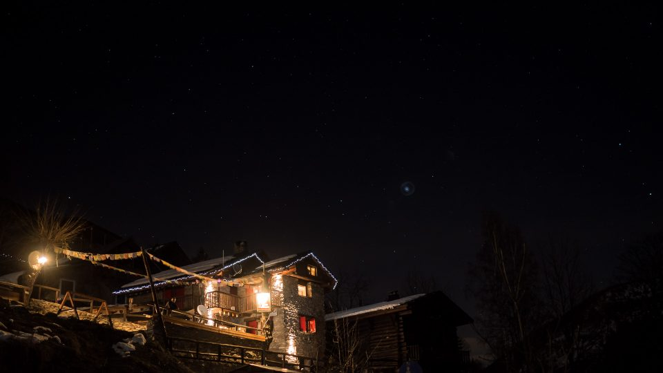 rifugio Dahu, in notturna